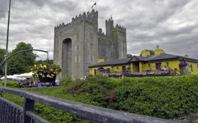 World Famous Bunratty Castle & Folk Park – Window on Ireland's Past